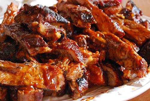 Tierische Fett enthalten oft einen hohen Anteil gesättigter Fettsäuren